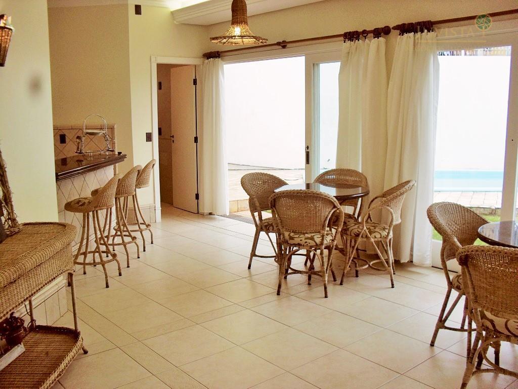 Casa de 3 dormitórios em Coqueiros, Florianópolis - SC
