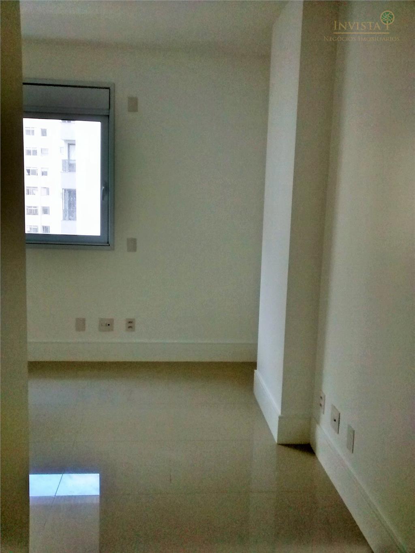 Apartamento de 4 dormitórios à venda em Centro, Florianópolis - SC