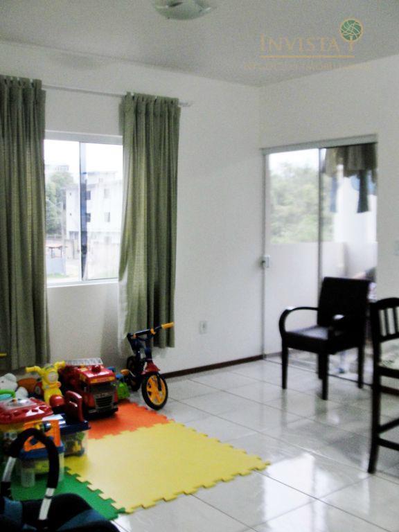 Apartamento de 2 dormitórios em Serraria, São José - SC