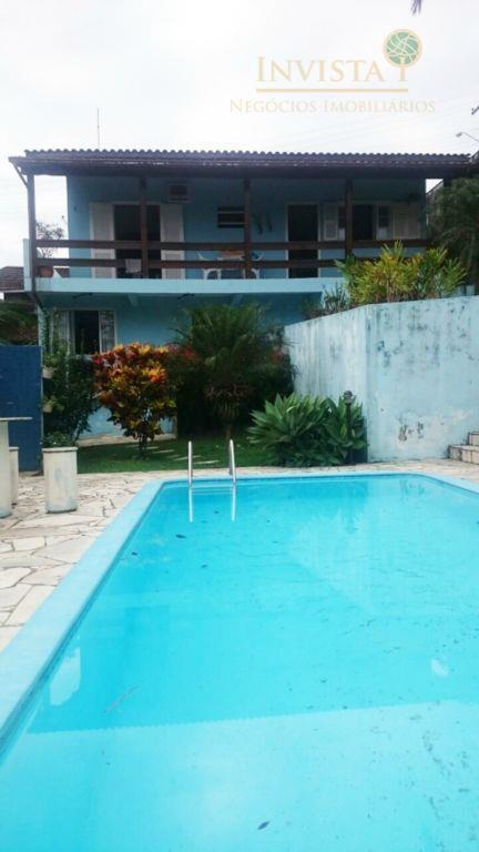 Casa de 3 dormitórios à venda em Centro, São José - SC