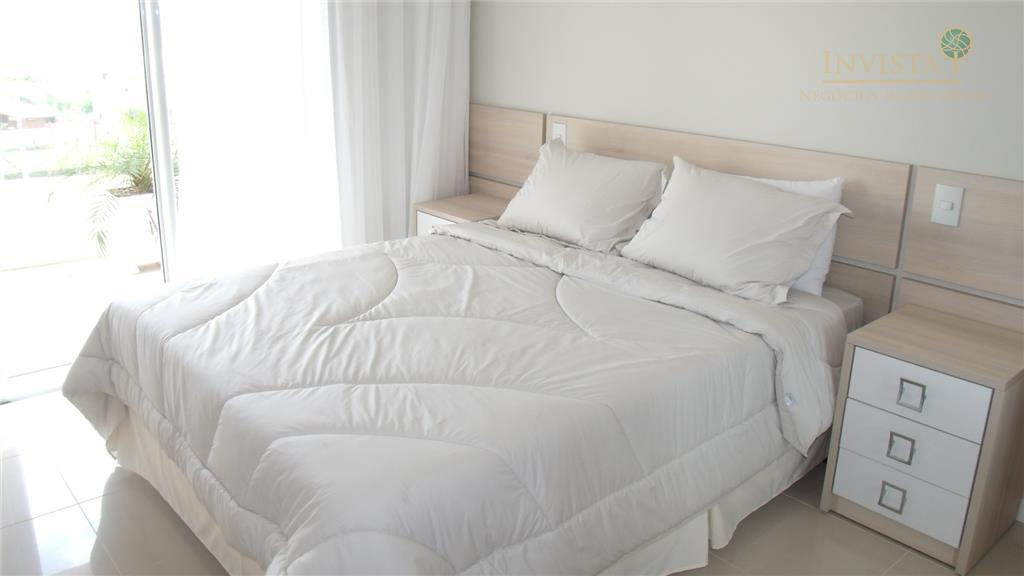 Cobertura de 3 dormitórios em Santinho, Florianópolis - SC