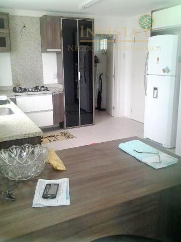 Casa de 3 dormitórios em Serraria, São José - SC