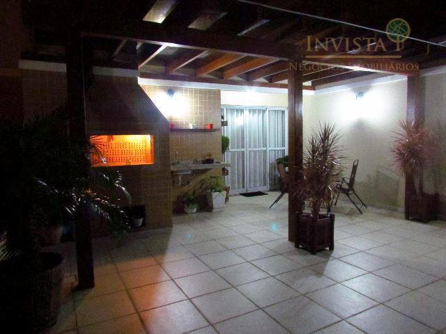 Cobertura de 2 dormitórios à venda em Abraão, Florianópolis - SC