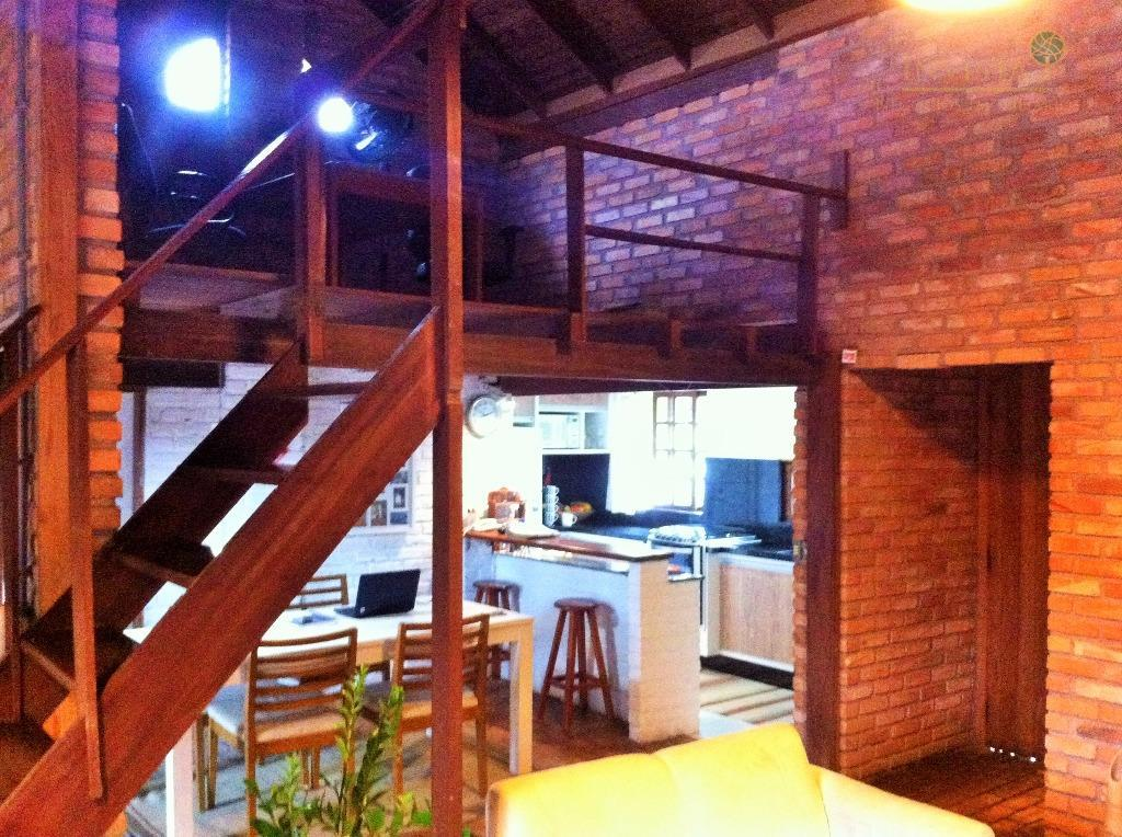 Casa de 4 dormitórios à venda em Campeche, Florianópolis - SC
