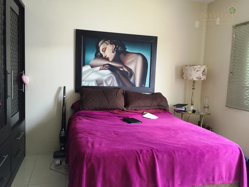 Casa de 3 dormitórios em Carianos, Florianópolis - SC