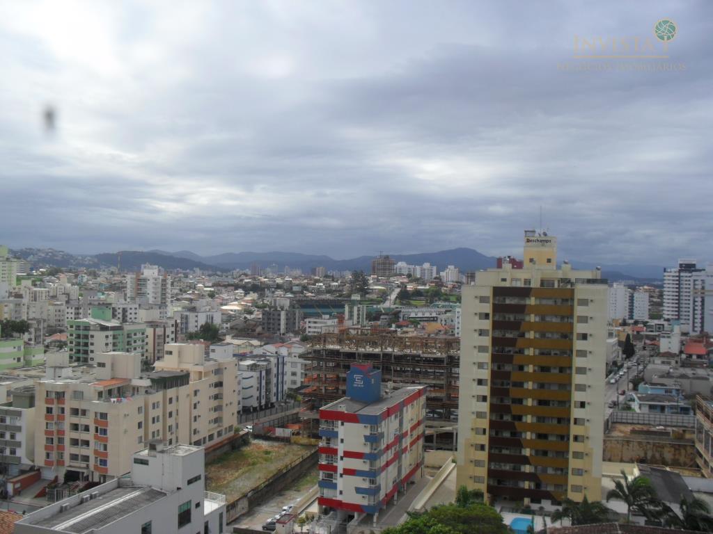 Cobertura de 2 dormitórios em Estreito, Florianópolis - SC