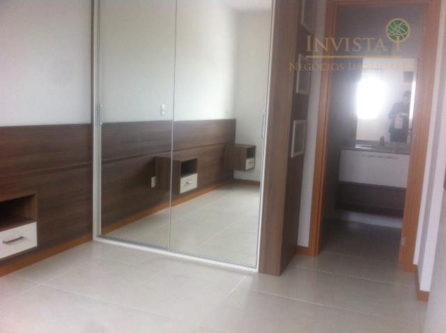 Apartamento de 3 dormitórios à venda em Barreiros, São José - SC