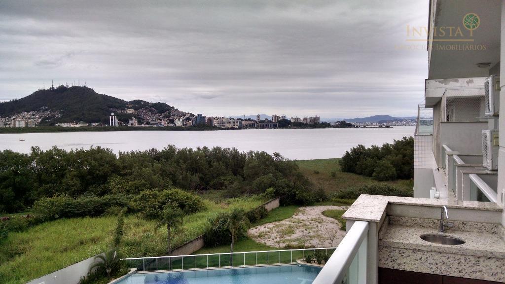 Cobertura de 3 dormitórios à venda em João Paulo, Florianópolis - SC