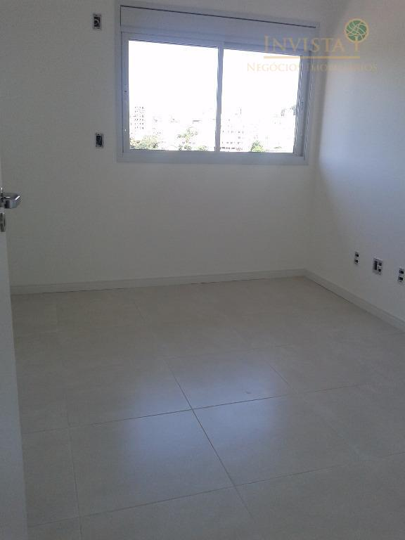Apartamento de 2 dormitórios em Capoeiras, Florianópolis - SC