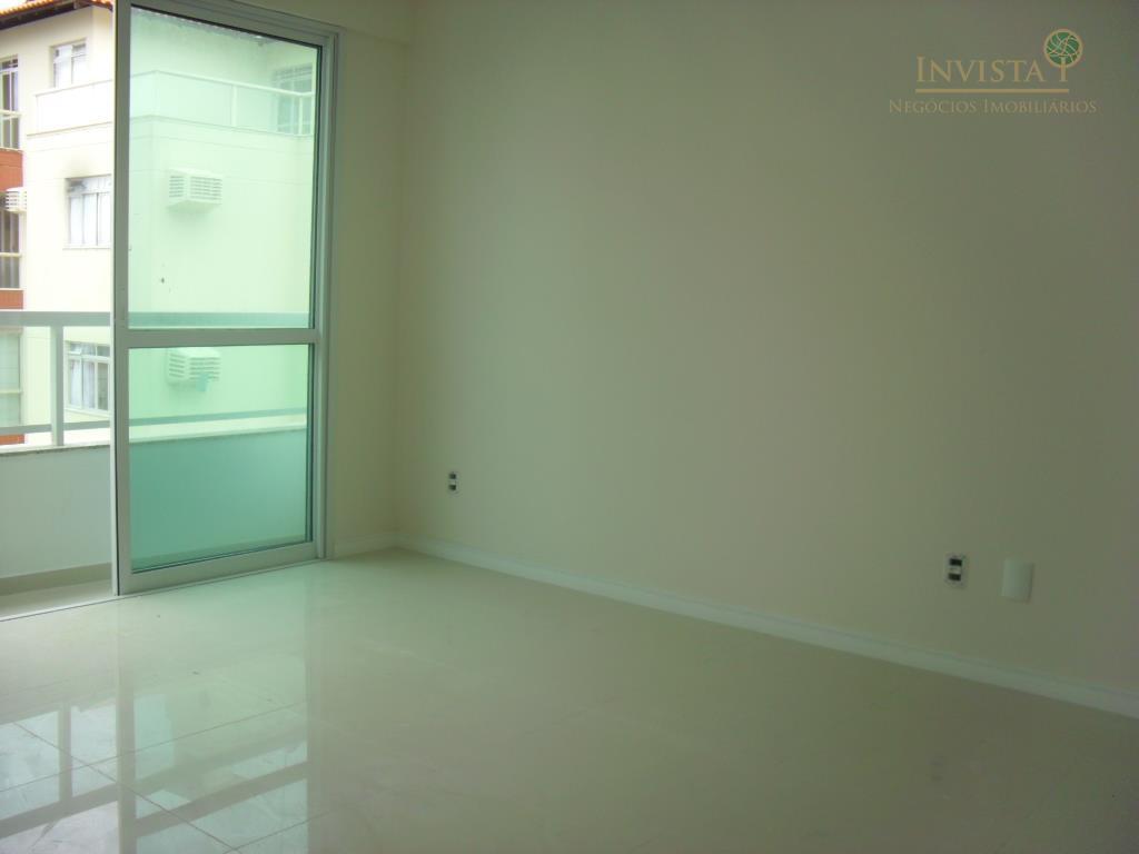 Apartamento de 2 dormitórios em Coqueiros, Florianópolis - SC