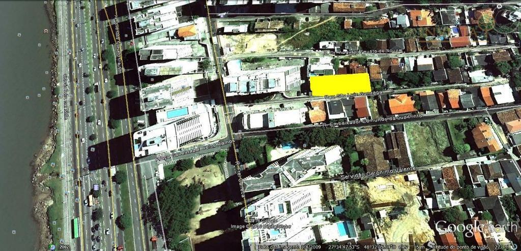 Terreno à venda em Agronômica, Florianópolis - SC