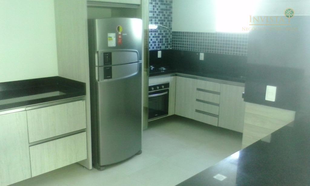 Apartamento de 2 dormitórios em Pantanal, Florianópolis - SC