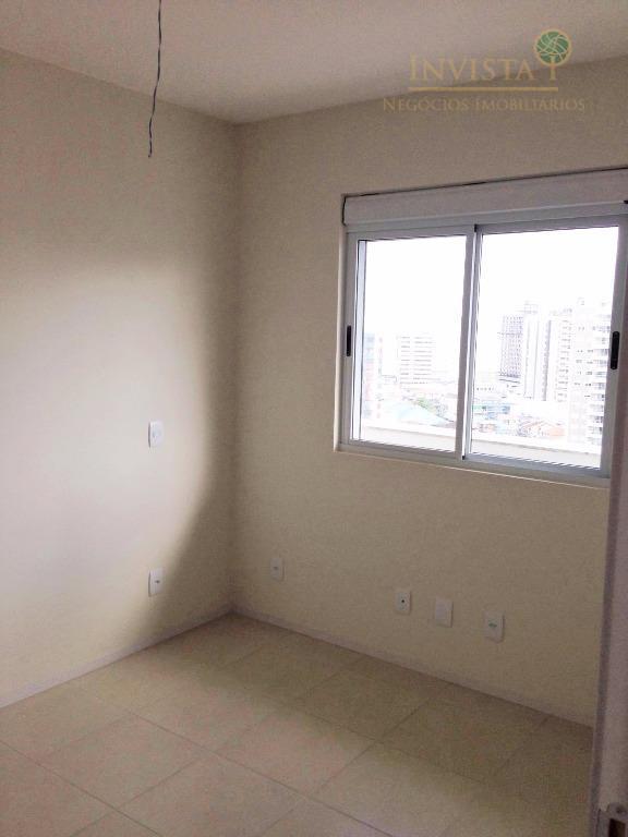 Apartamento de 3 dormitórios em Campinas, São José - SC