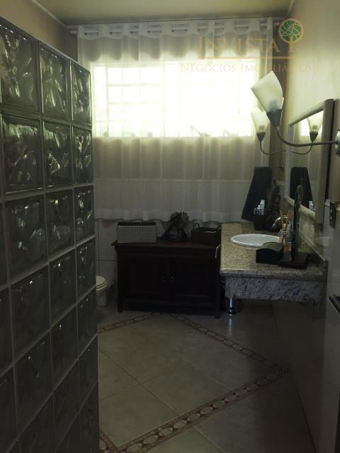 Casa de 4 dormitórios em Itacorubi, Florianópolis - SC