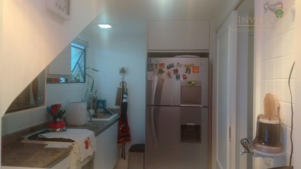 Apartamento de 2 dormitórios em Beira Mar, Florianópolis - SC