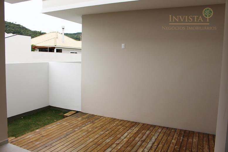 Casa de 2 dormitórios em Cachoeira Do Bom Jesus, Florianópolis - SC