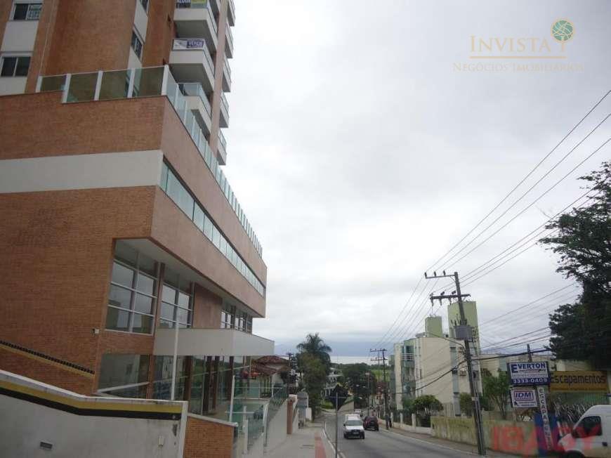 Cobertura de 3 dormitórios à venda em Pantanal, Florianópolis - SC
