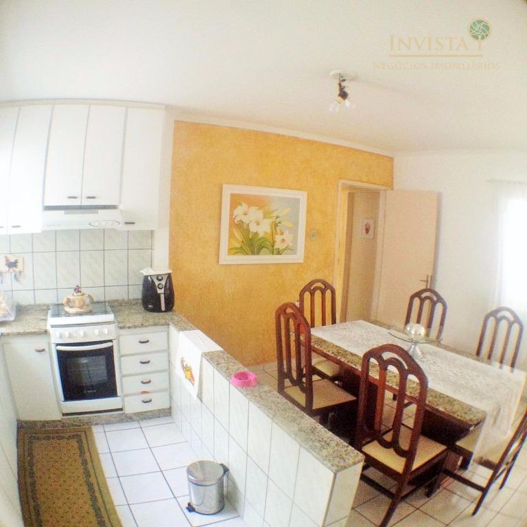 Casa de 6 dormitórios em Capoeiras, Florianópolis - SC