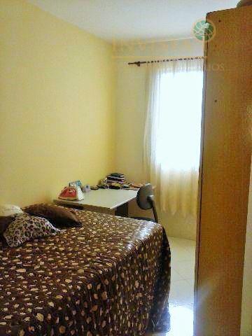 Apartamento de 3 dormitórios em Areias, São José - SC