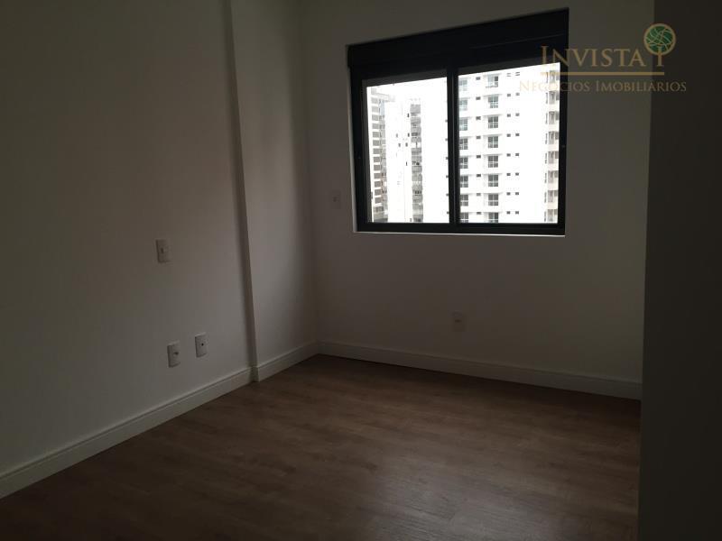 Apartamento de 3 dormitórios à venda em Campinas, São José - SC
