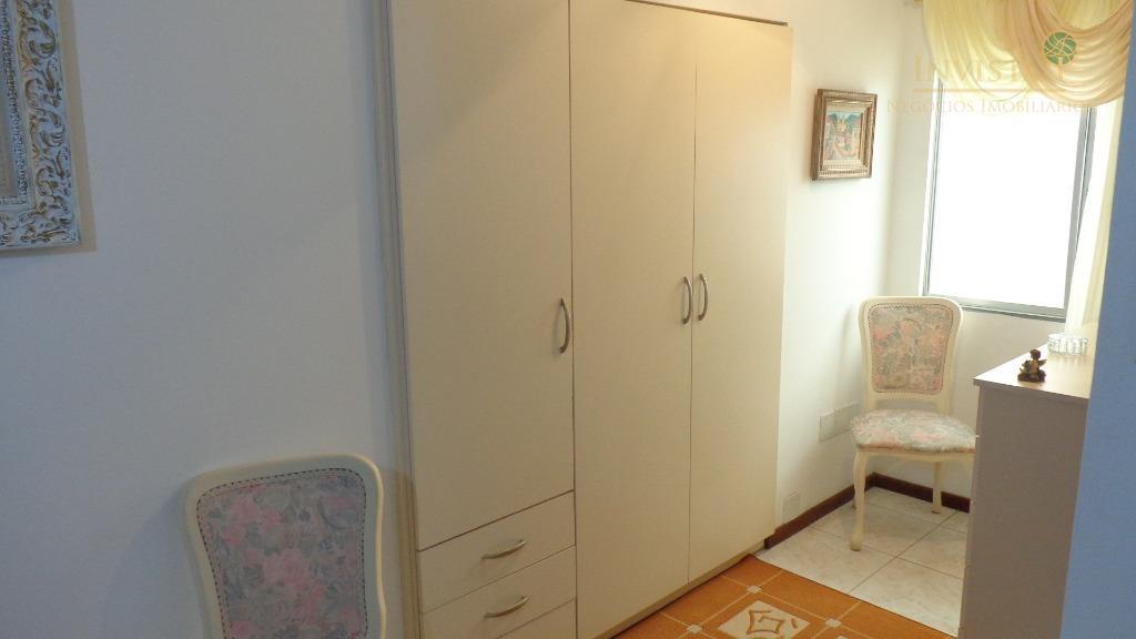 Casa de 5 dormitórios em Estreito, Florianópolis - SC