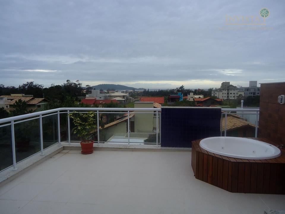 Cobertura de 2 dormitórios em Morro Das Pedras, Florianópolis - SC
