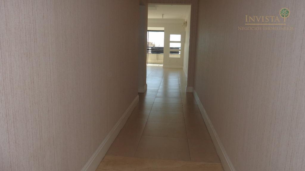 Cobertura de 3 dormitórios em Estreito, Florianópolis - SC