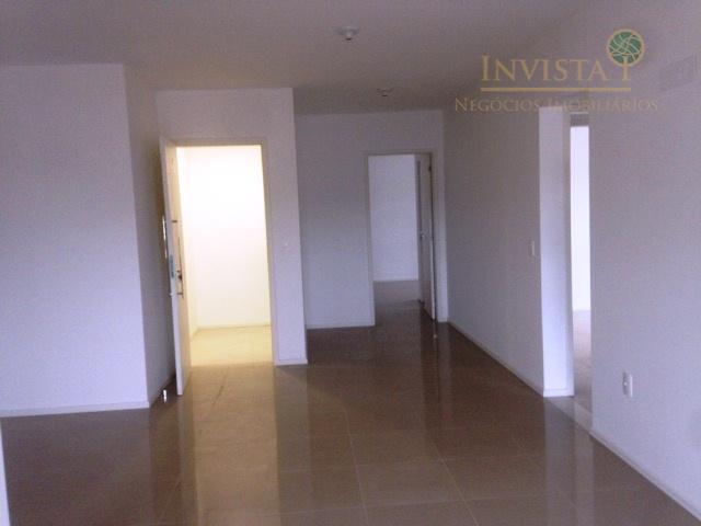 Cobertura de 3 dormitórios em Fazenda Santo Antônio, São José - SC