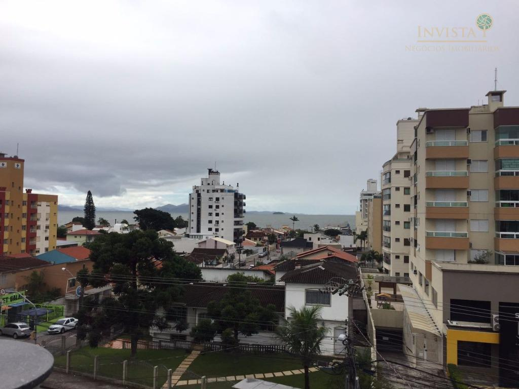 Kitnet de 1 dormitório para alugar em Estreito Florianópolis SC  #654C3D 1024x768 Banheiro Container Florianopolis