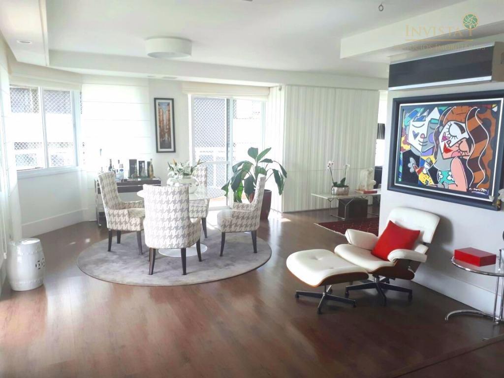 excelente apartamento localizado na praça celso ramos, com vista para o mar, finamente mobiliado, próximo ao...