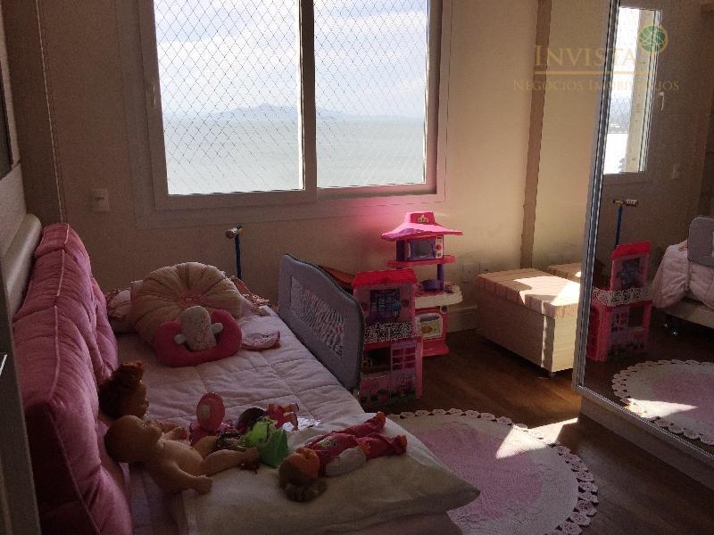 apartamento de frente, com vista para o mar, com 3 dormitórios, 2 são com suítes, banheiro,...