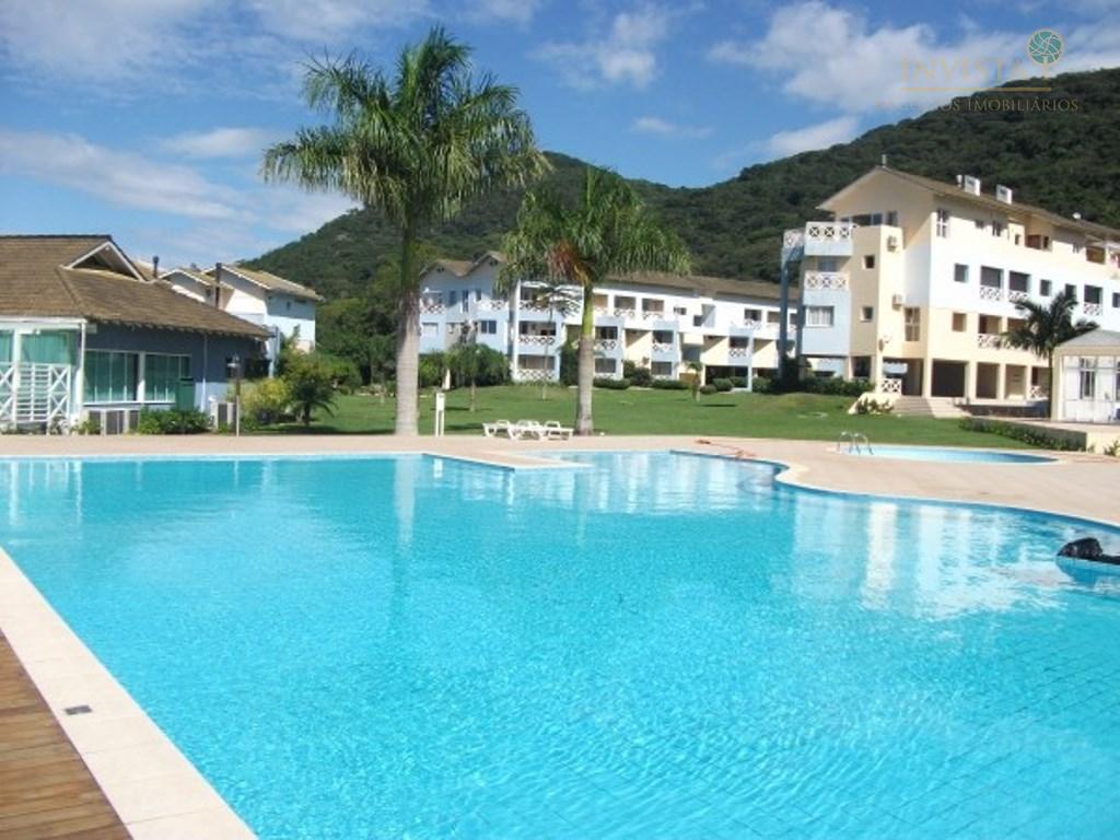 Resort na Lagoa com 02 suítes e 02 Vagas