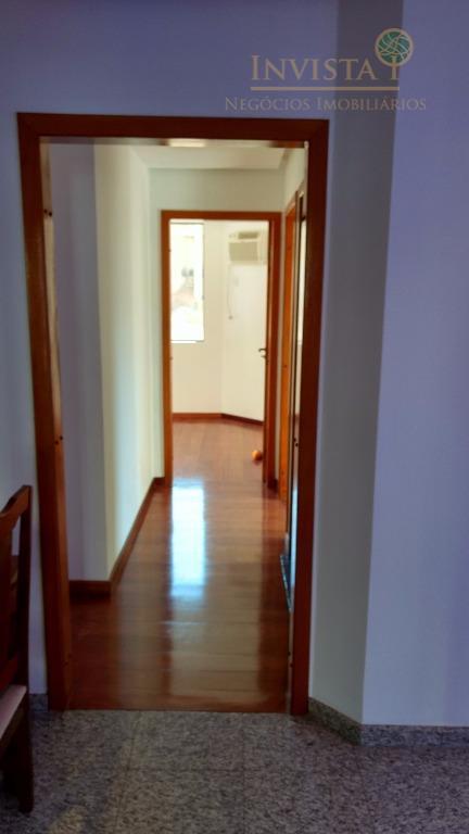 apartamento no centro com 3 dormitórios, sendo 1 suíte, dependência de empregada, sala para 2 ambientes,...
