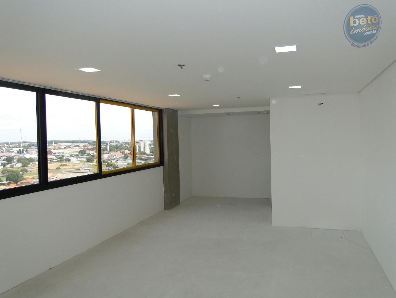 Sala comercial para locação, Edifício Torre INC, Itu - SA0222.