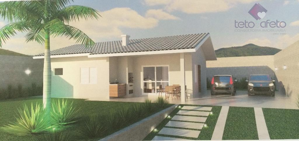 Imobiliária em Atibaia - Casa térrea à venda na Vila Santista em Atibaia.