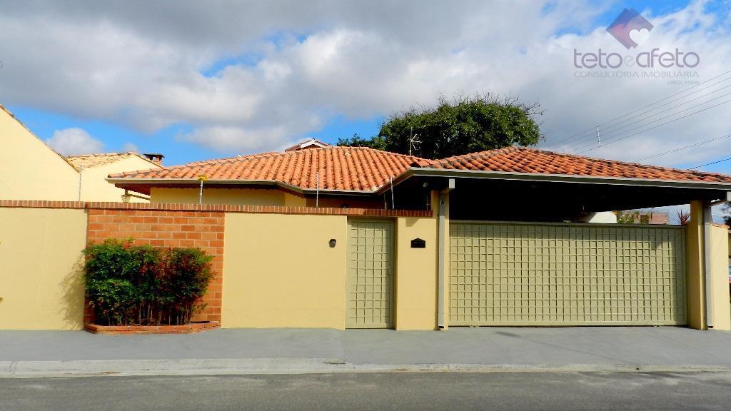Imobiliária em Atibaia - Casa térrea à venda no Morumbi em Atibaia.