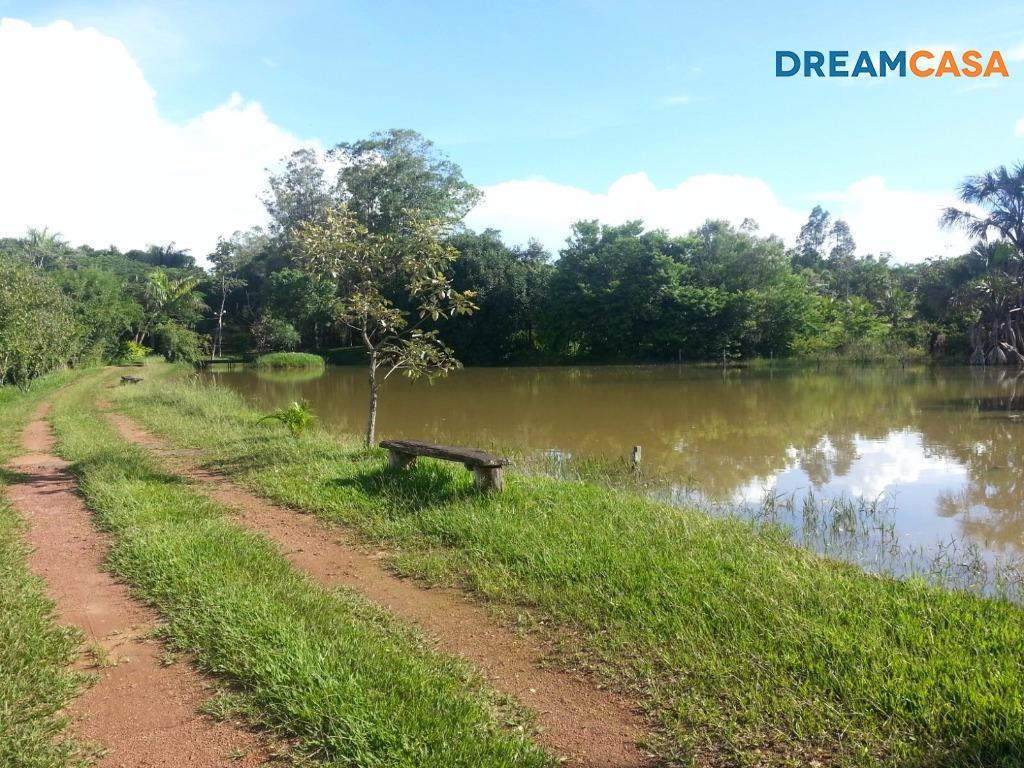 Chácara 3 Dorm, Zona Rural, Bela Vista de Goias (CH0033)