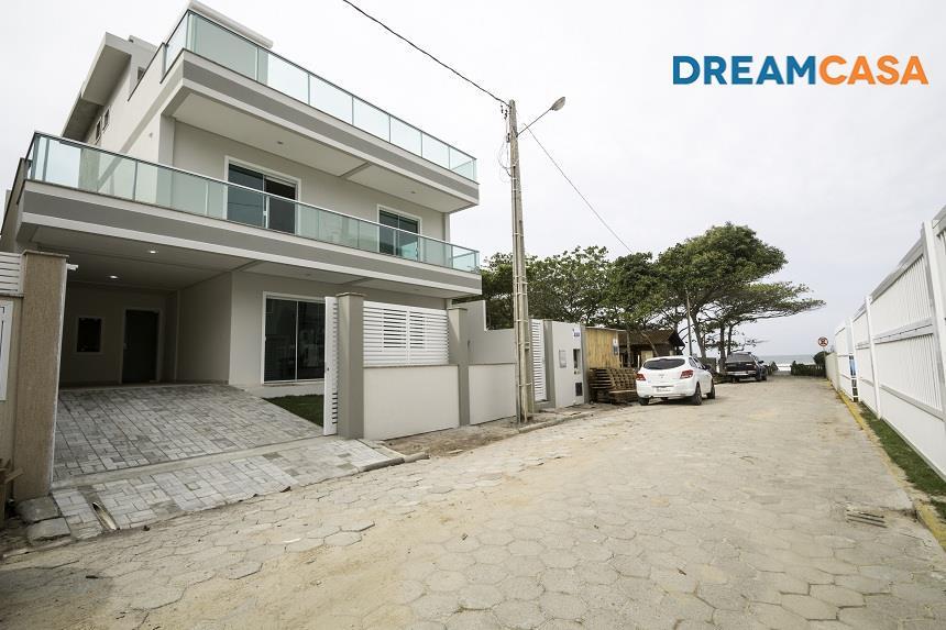 Casa 3 Dorm, Canto Grande, Bombinhas (CA1617)
