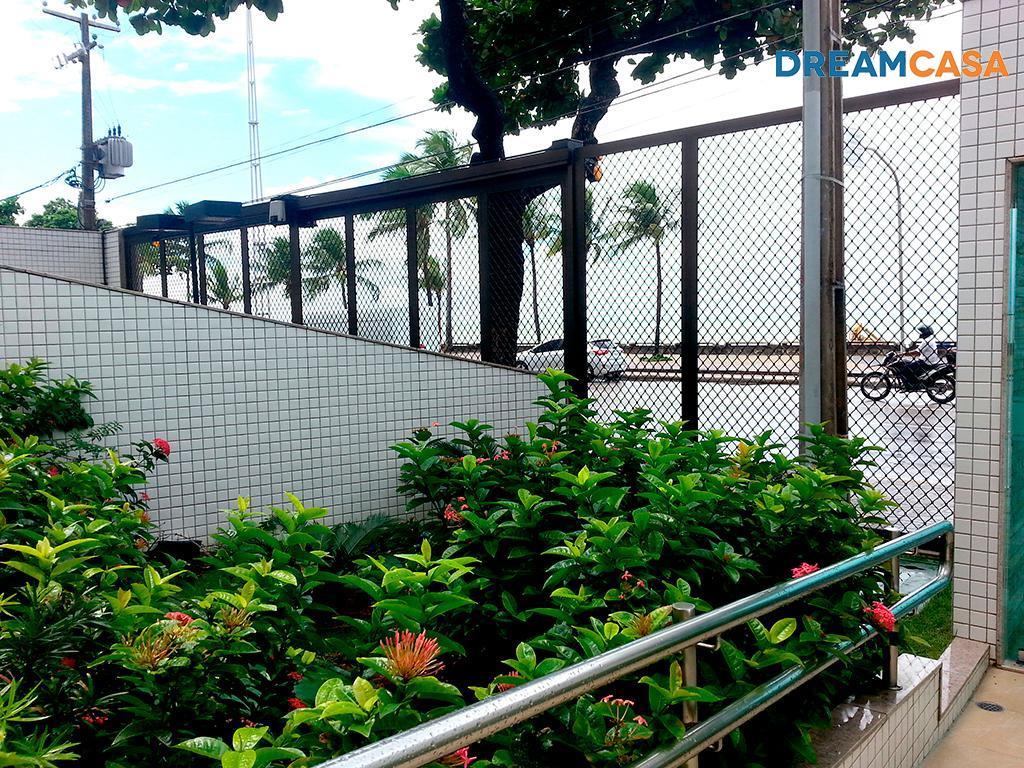Apto 2 Dorm, Boa Viagem, Recife (AP8826) - Foto 2