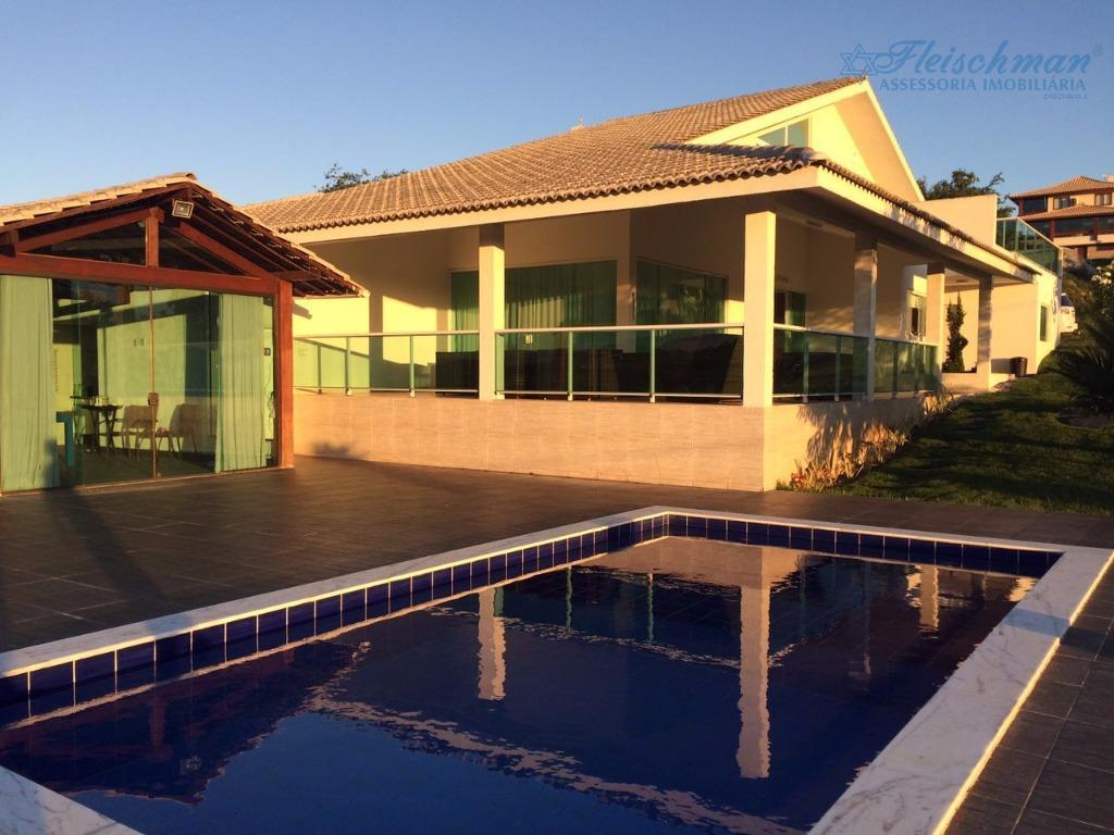 excelente casa, no melhor de gravatá, 6 quartos, 5 suítes, 450m² de área construída, terreno com...