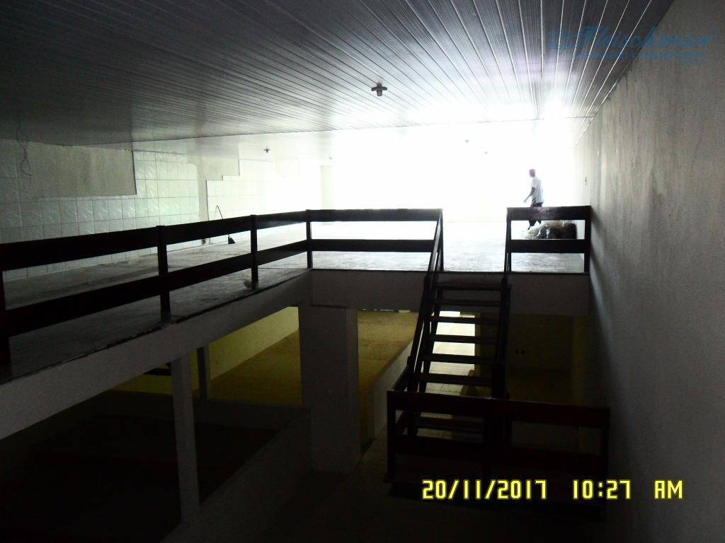prédio para locação no cordeiro, localizado na av. caxangá próximo ao parque de exposição de animais....