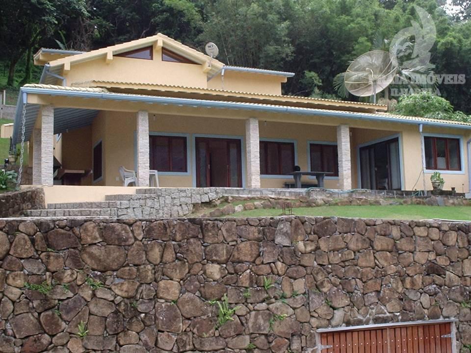 Oportunidade, casa bela vista para a montanha! ACEITA IMÓVEL COMO PARTE DE PAGAMENTO!!