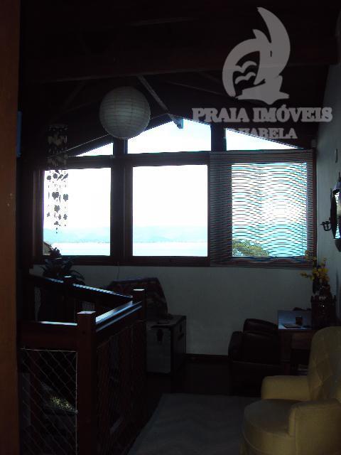 casa em condomínio fechado no norte da ilha com vista para o mar e total segurança....