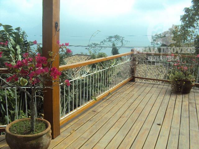 Casa residencial à venda integrada a natureza, segurança total e tranquilidade, vista total para o mar