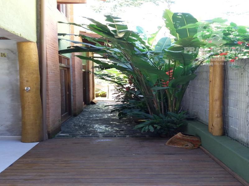 Linda casa em residencial, vista para área verde, ACEITA IMOVEL EM SÃO JOSÉ DOS CAMPOS COMO PARTE DE PAGAMENTO!!!