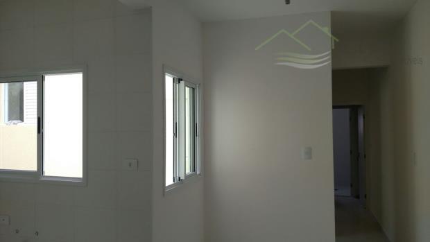parque novo oratóriosanto andre50 + 50 metroscom piso em todo apto.acesso com escada interna.02 quartos01 suite...