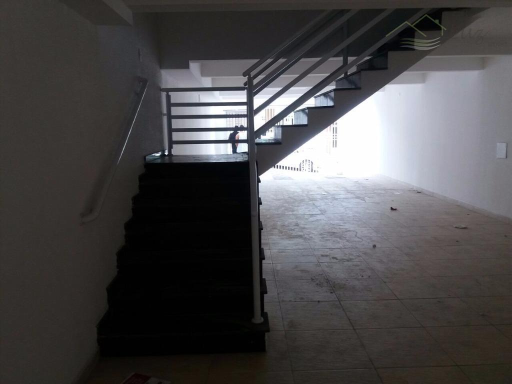*bem localizado *sem condomínio *todo acabado piso frio /gesso/pintura *escolas /mercados/bancos/padaria /ponto de onibus/segurança/ tudo do...