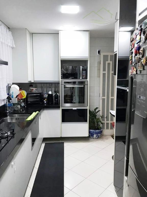 lindo apartamento inteiro planejado em região nobre de sto andré. situado próximo as av lino jardim...