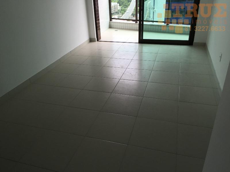 Flat com 2 quartos, Boa Viagem, (81)98715-3333