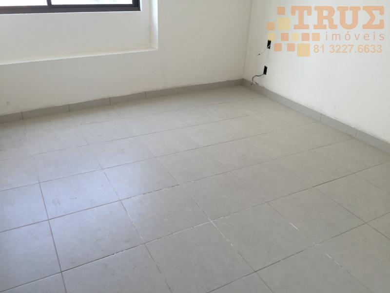 ligue (81) 98715-3333 (whatsapp), prédio novo, boa área de lazer, piscina, campinho, salão de festas, preço...